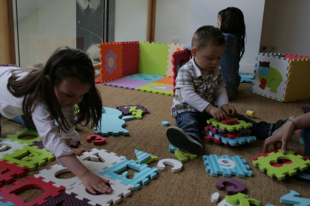 tapis enfant en mousse motif lettres et chiffres de ludi definitive ludi 1006 b b luga. Black Bedroom Furniture Sets. Home Design Ideas